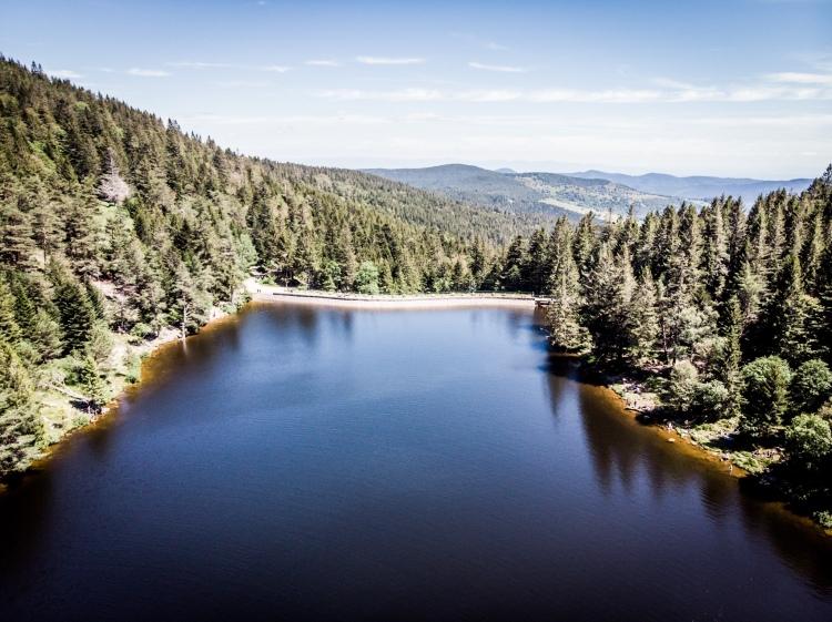 Le lac des Truites, ou lac du Forlet, vu du ciel / Crédit photo - Pierrick Aubert